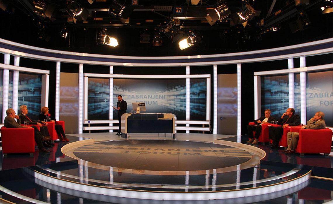 "Scenografija talk showa ""Zabranjeni forum"". Televizijska scenografija je zahtjevan, ali i zanimljiv zadatak"
